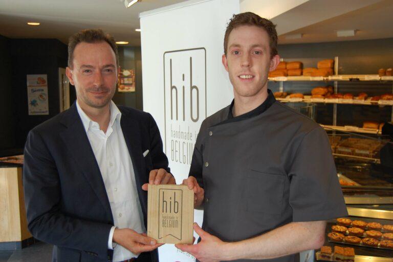 HIB label uitgereikt aan Niels Vaes, bakkerij Maris